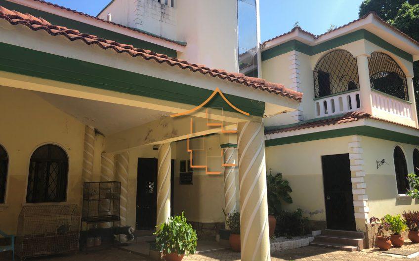 Legacy Villa: 4 Bedroom House